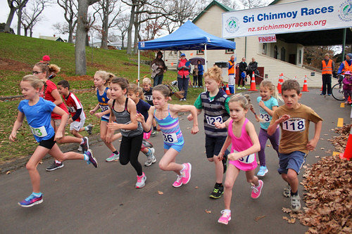 Sri Chinmoy Half-Mthn 5-10k & Children's 1.5k, Auckland Domain ... 14 June 2015