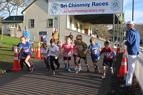 Sri Chinmoy Half Mthn 5-10k & Children's 1.5k, Auckland Domain ... 05 Aug 2012