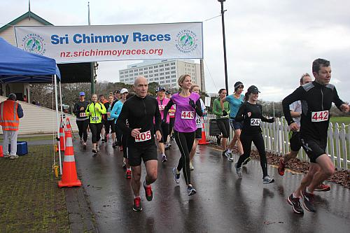 Sri Chinmoy Half Mthn 5-10k & Children's 1.5k, Auckland Domain ... 14 July 2013