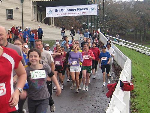 Sri Chinmoy 5-10-20k & Children's 1.5k, Auckland Domain ... 12 June 2011