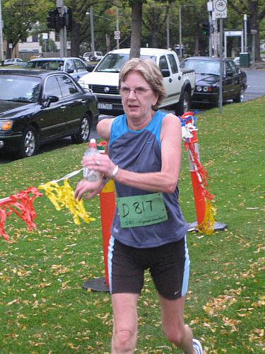 ELIZABETH  KNOWLES 5KM WALK WINNER.jpg