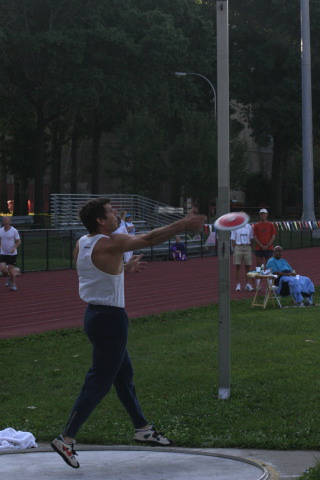 Durdam Rocherolle, launching the discus.