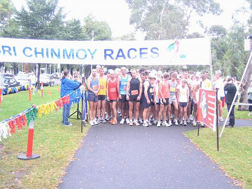 Sri Chinmoy Princes Park Run Feb 2006